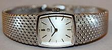 A LADIES GOOD 18CT WHITE GOLD OMEGA WRISTWATCH wit