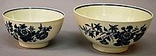 A PAIR OF 18TH CENTURY WORCESTER GRADUATED BOWLS d