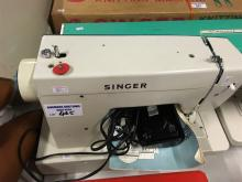 SEWING MACHINE - SINGER