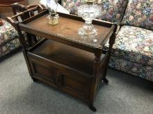 VINTAGE TRAY MOBILE WITH UNDER CABINET