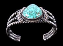 Navajo Turquoise & Silver Bracelet This piece show