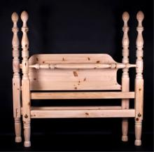 Ethan Allen Queen Size Knotty Pine Bed