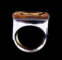 Italian Yellow Topaz 14kt Gold Ring This is a 14kt