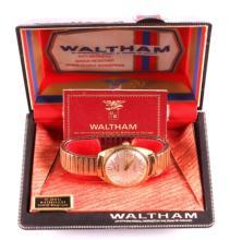 Waltham 17 Jewel Mens Wristwatch in Original Box