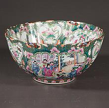 Chinese porcelain bowl with multicolor bird and floral decoration, 12