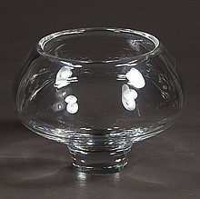 Signed Stuben crystal rose bowl with plinth base, 7