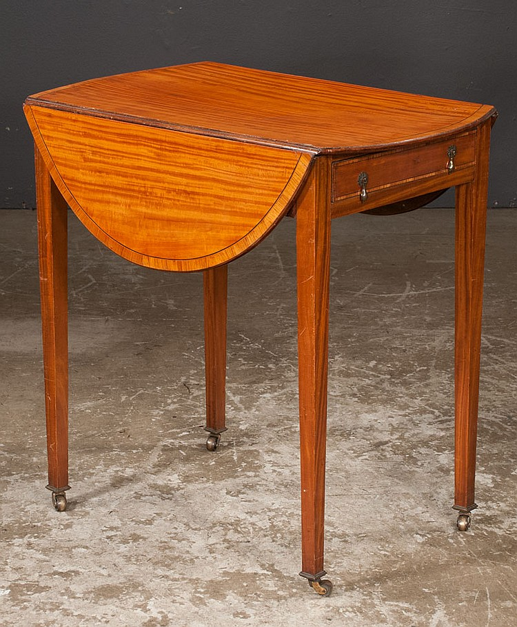 George III satinwood Pembroke table with cross-banded top and tapered legs, c.1820, 28