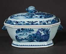 Blue and white Chinese Canton porcelain soup tureen with scenic and figural decoration, c.1860, 14