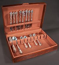 Group of Towle sterling silver flatware in the Fontana pattern, 34 pieces