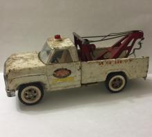 Early 1960's Pressed Steel TONKA Wrecker Tow Truck