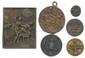 Lot de 6 médailles et plaquette satiriques et érotiques en bronze et en étain.  T.B. 100/120€