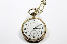 MOERIS MONTRE de GOUSSET en or jaune et sa chaine Poids brut: 69,1 g  A yellow gold pocket watch by Moeris.