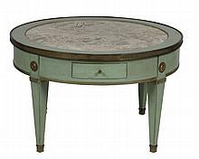 Maison JANSEN Table basse en bois laqué vert et or, plateau circulaire en marbre. Signée dans le tiroir. Circa 1940 H : 42 cm - Diam. : 69,5 cm