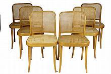 THONET Suite de six chaises cannées en bois courbé 82 x 44 x 37 cm