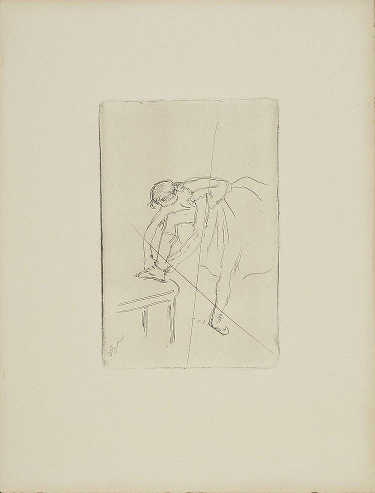 DEGAS Edgar, 1834-1917 Danseuse mettant son chausson, vers 1880 eau-forte en noir, d'après le cuivre biffé, non signée, 18x11,5 cm. BIBLIOGRAPHIE Delteil 36 (gravure non biffée) Adhémar60 Ed150 EXPOSITION Edgar Degas, The painter as Printmaker,