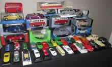 Lot comprenant 45 miniatures