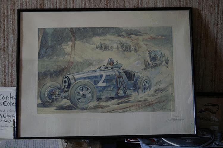 Geo Ham, lithographie représentant la Bugatti n°2 du vainqueur Louis Chiron durant le Grand Prix d'Antibes 1928, à l'arrière plan : la Bugatti 37A de Ceresato et l'Amilcar 6 cylindres de Morel. Numérotée 111/500, contresignée par l'artiste. Encadré,