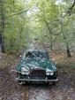 1975 ROLLS ROYCE Silver Shadow Châssis n° SRX18941Carte grise françaisePrésentée en octobre 1965, la Silver Shadow, première Rolls Royce monocoque, tranchait résolument sur les plans techniques et esthétiques avec les générations précédentes sansrien