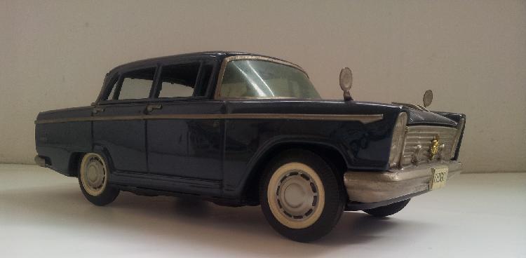 NISSAN / DATSUN modèle CEDRIC, jouet à friction, 1962, Long 250 mm