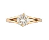 BAGUE solitaire en or jaune ajouré, ornée díun diamant de taille brillant díenviron 0,95 carat.    Poids brut : 3,1 g     TDD : 53        A YELLOW GOLD AND DIAMOND RING.