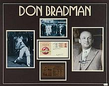 Don Bradman display comprising signature on 1992