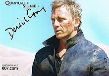 Craig, Daniel: James Bond autographed photograph, signed