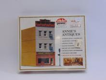 Vintage Model Power HO Scale Annie's Antiques Model Train Building