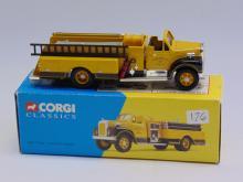 Corgi Classics Lampeter Mack B Series Pumper Model Car 52603