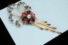 Vintage 12K Gold Filled Rhinestone Brooch