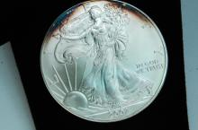 One Troy Oz 999 Fine Silver American Eagle Round