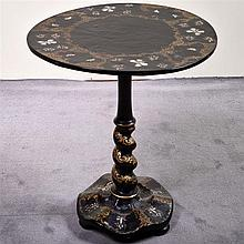 19TH CENTURY PAPIER MACHÉ TABLE - Antique American Victorian occasional table with circular tilt top, mother-of-pearl inlay, hand ap...