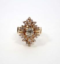 LADIES 14K YELLOW GOLD & DIAMOND RING