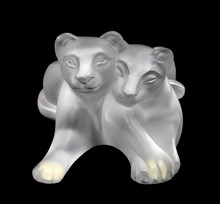LALIQUE CRYSTAL TAMBWEE LION CUBS GROUP 11667