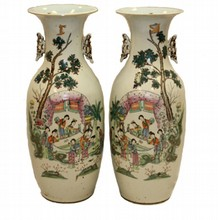 PAIR CHINESE QING FAMILLE ROSE PHEONIX TAIL VASES