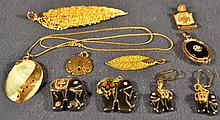 Miscellaneous jewelry including hematite, leaf and shell form pendants, etc.