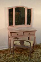 Pink painted vanity with mirror and stools