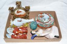 Collection of Asian porcelain objects