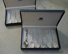 12 petites cuillères à café en métal argenté modèle filet