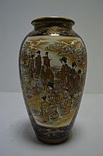 JAPON epoque Meiji   vase en satsuma  fond ble