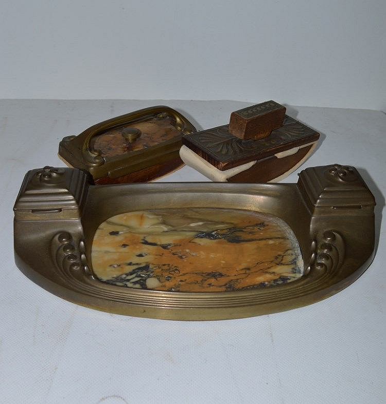 necessaire de bureau epoque art nouveau en bronze. Black Bedroom Furniture Sets. Home Design Ideas