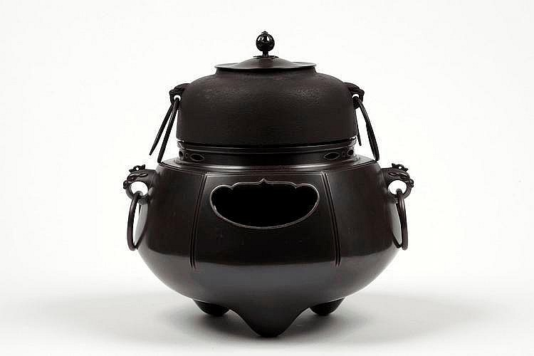 TAISHO/SHOWA PERIOD  TEA STOVE
