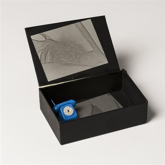 Joan Rabascall (né en 1935)Blue Telephone Box