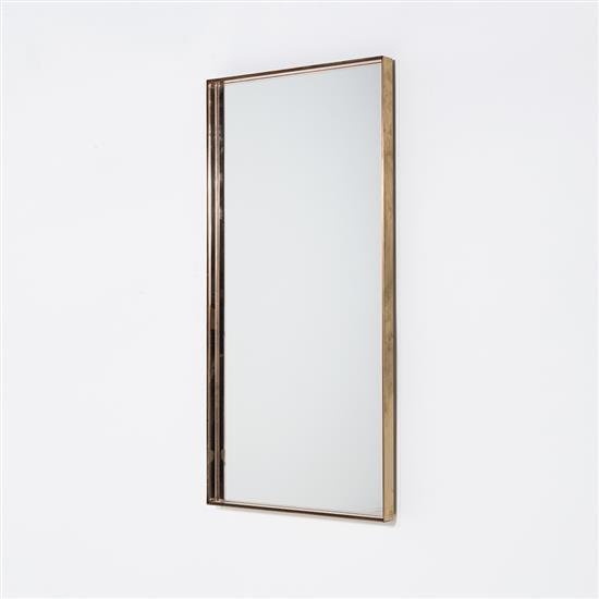 Pietro Chiesa (1892-1948) Miroir Miroir, laiton et verre rose Edition Fontana Arte (Etiquette Luigi Fontana) Date de création : vers...