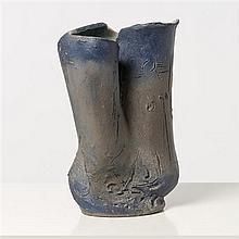 Torido Mazzotti (1895-1988) Vase Terre cuite émaillée Pièce unique Édition Albisola Date de création : vers 1954 H 33 × Ø 20 cm Bibl...