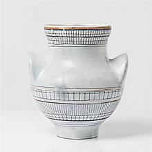 Roger Capron (1922-2006) Vase à oreilles Céramique émaillée Date de création : 1957 H 25 cm × Ø 31 cm Provenance : ancienn...