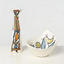 Roger Capron (1922-2006) Vase et coupe Céramique émaillée Signé, cachet Vallauris Date de création : vers 1955 Vase H 31 ;...