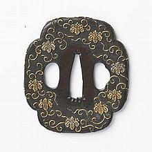 JAPON - Fin époque EDO (1603 - 1868) Mokko gata en shibuichi et incrusté de cuivre doré de fleurs de paulownia dans leur feuillage s...