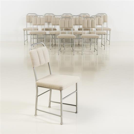 f Warren McArthur (1885-1961)Ensemble de douze chaises
