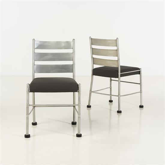 f Warren McArthur (1885-1961)Paire de chaises