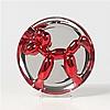 Jeff KOONS (né en 1955, vit et travaille à New York) Balloon Dog (Rouge), 2002 Assiette en porcelaine métalisée Numérotée so...